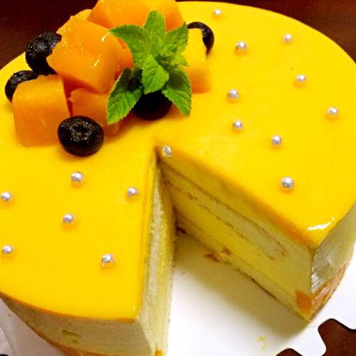 老爸做的芒果慕斯蛋糕