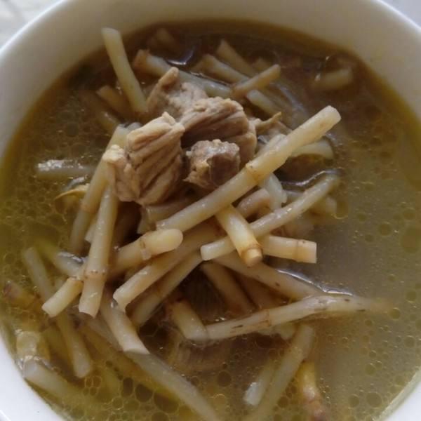 鱼香草瘦肉汤