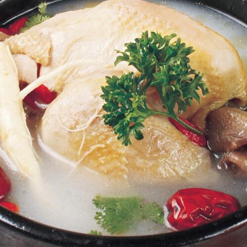 滋补养生的参鸡汤