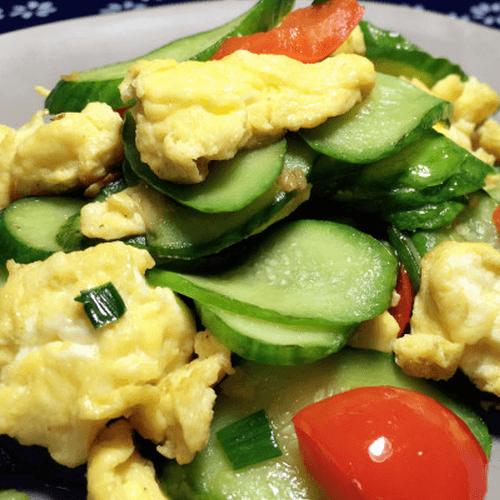 黄瓜红椒炒鸡蛋