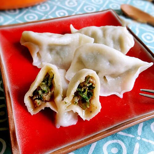 地方小吃香菜饺子