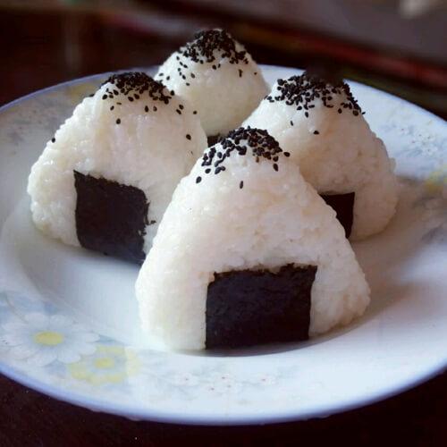 绿豆仁三角饭团