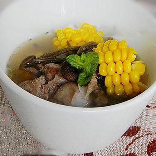 茶树菇煲大骨汤