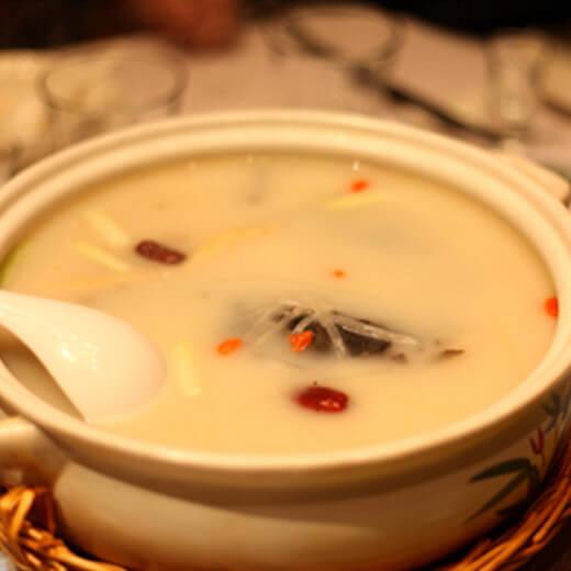 胡萝卜鱼头汤