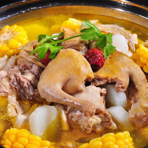 莲藕芋子炖鸡