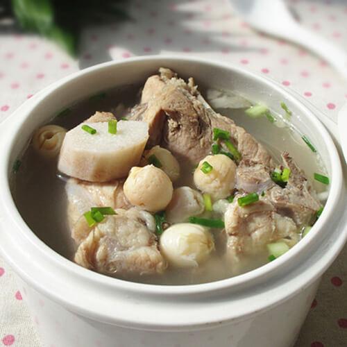 猴头菇银耳猪骨汤