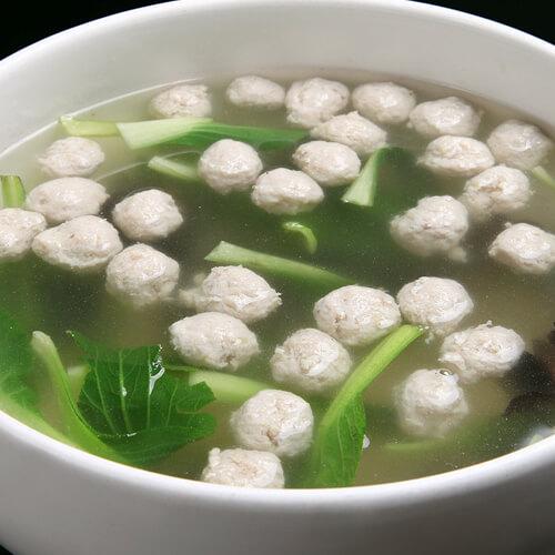 家常自制小白菜丸子汤