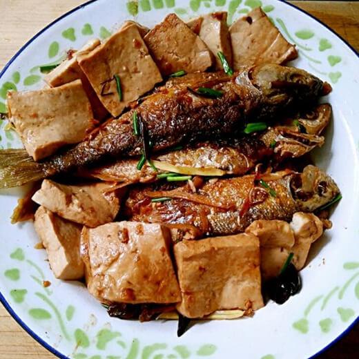河鱼焖豆腐