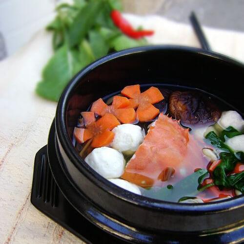 海鲜丸子白菜汤