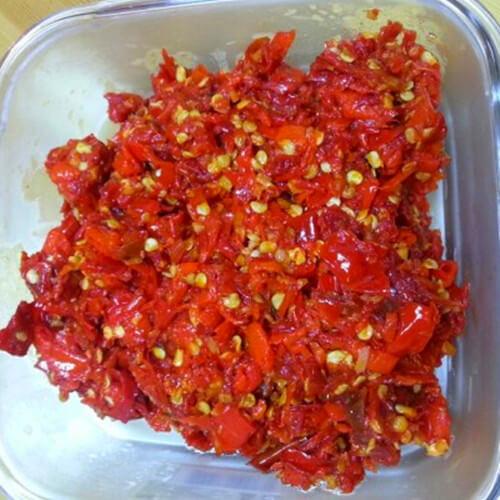 鲜红辣椒酱