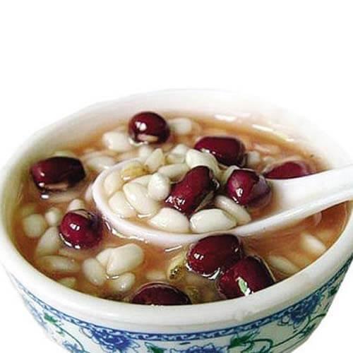 早餐美食薏米红豆汤
