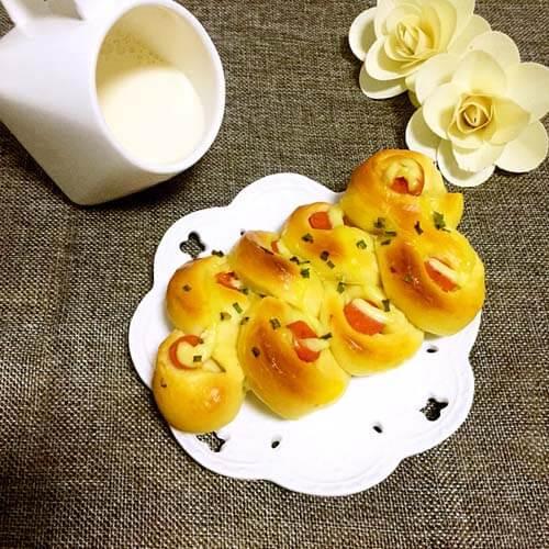 香葱火腿沙拉面包