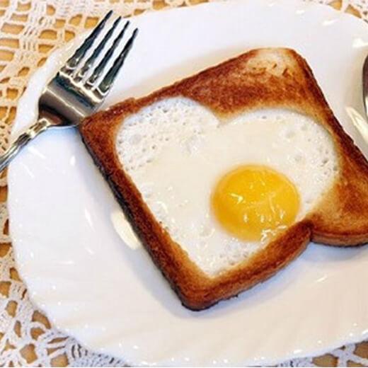 燕麦胚煎鸡蛋面包片