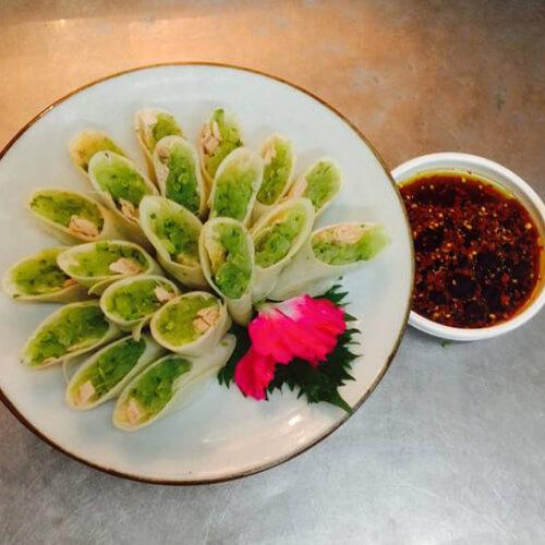 鸡丝蔬菜卷