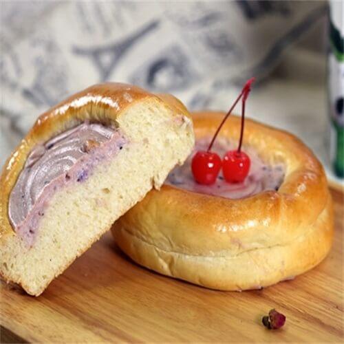 蓝莓乳酪包