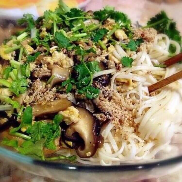 竹笋香菇拌面