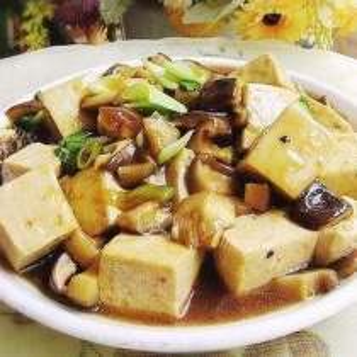 香菇酱蚝油豆腐