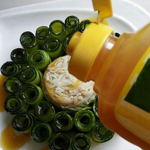 鸡汁黄瓜金针菇