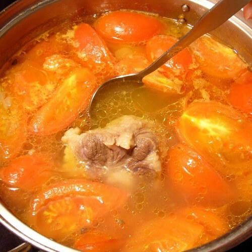 好喝的番茄牛尾汤
