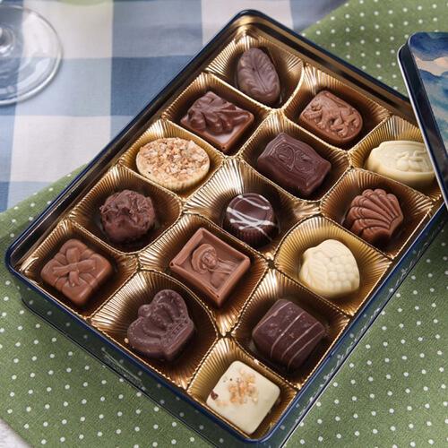 香浓的果仁巧克力