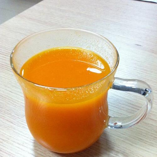 美味的红萝卜汁