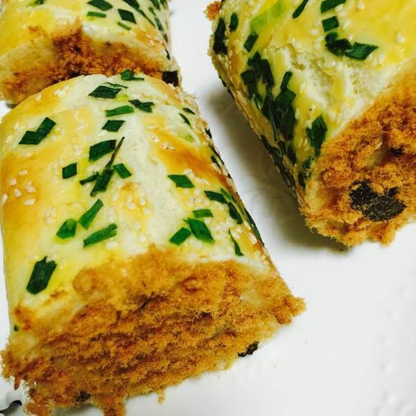 好吃的香葱肉松手撕面包