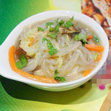 营养松茸白菜炖粉条