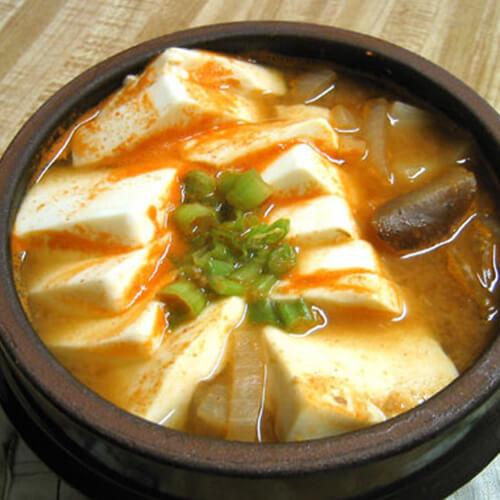 可口的韩国大酱汤