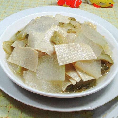 清淡爽口菜榨菜千张炒冬瓜