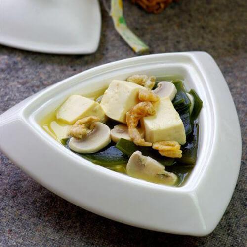 营养的豆腐海带汤