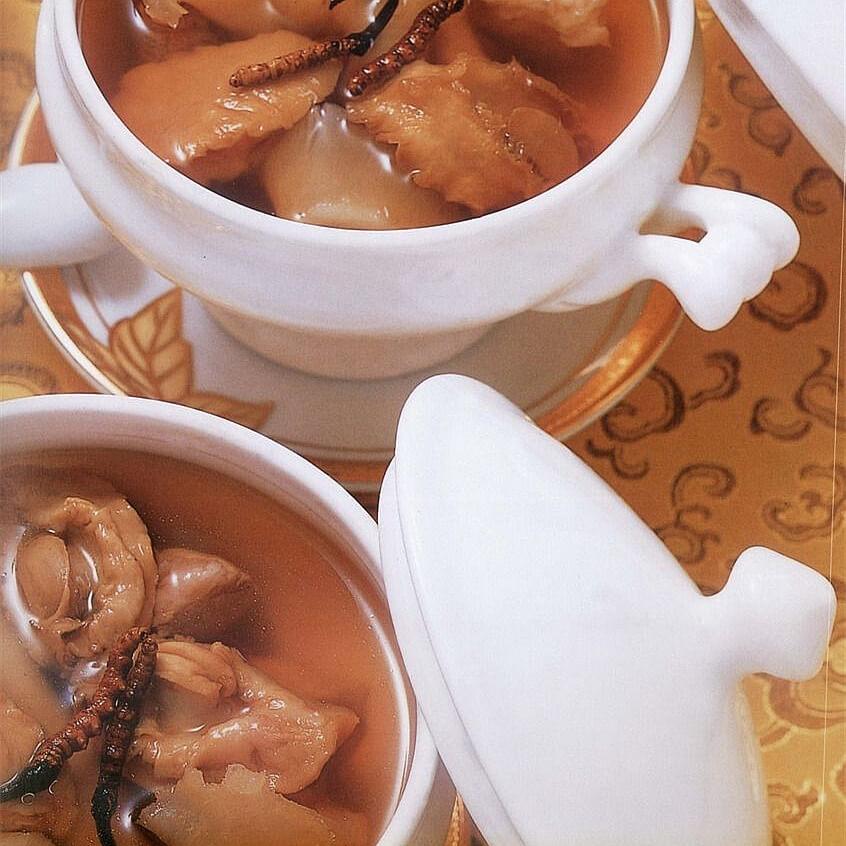 番茄鱼胶猪骨汤