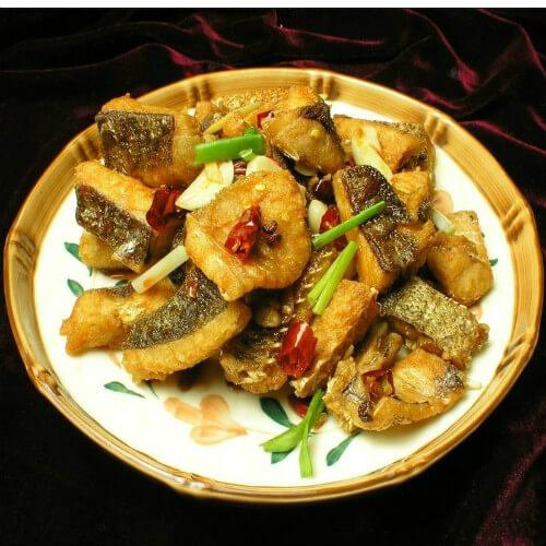 美味的糍粑鱼