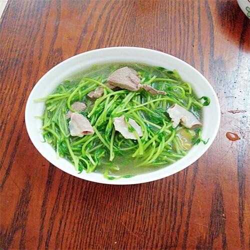 猪肝粉肠豆苗汤