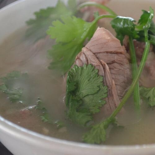 冬日暖身必备羊汤