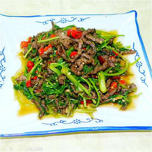 牛肉丝炒油菜