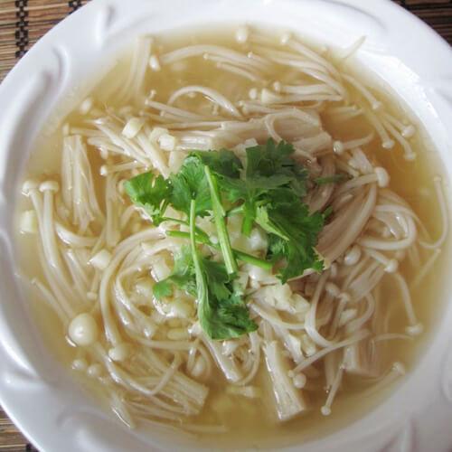 海带金针菇汤