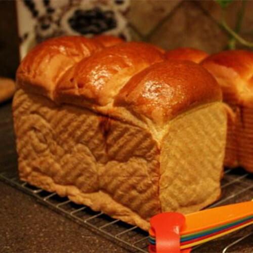 营养的红糖粗粮面包