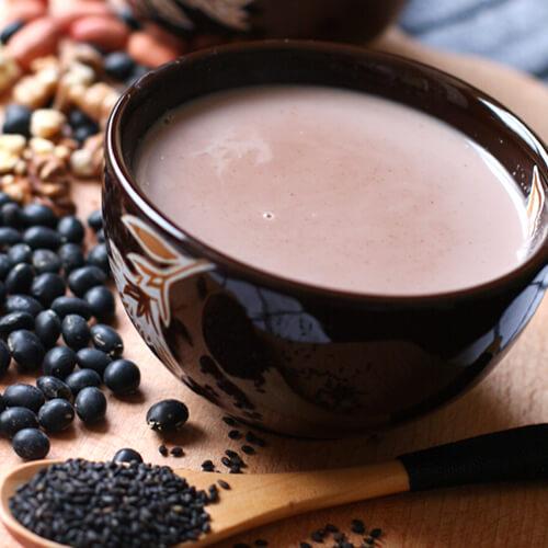 营养美味花生核桃黑豆浆