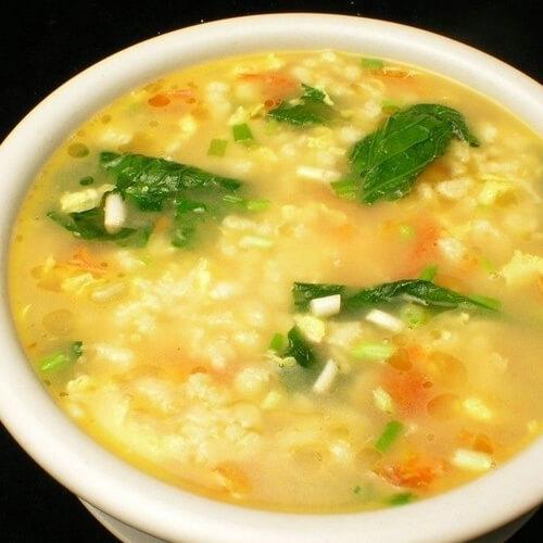自制西红柿鸡蛋疙瘩汤