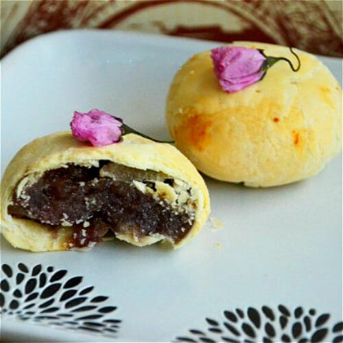樱花酥皮月饼