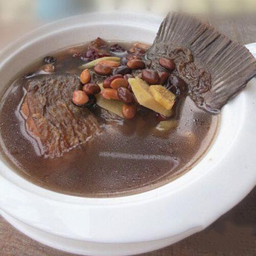 鱼尾黑豆汤