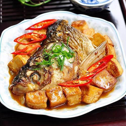 鲢鱼炖豆腐