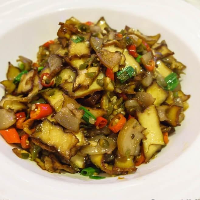 卤豆腐炒牛肠