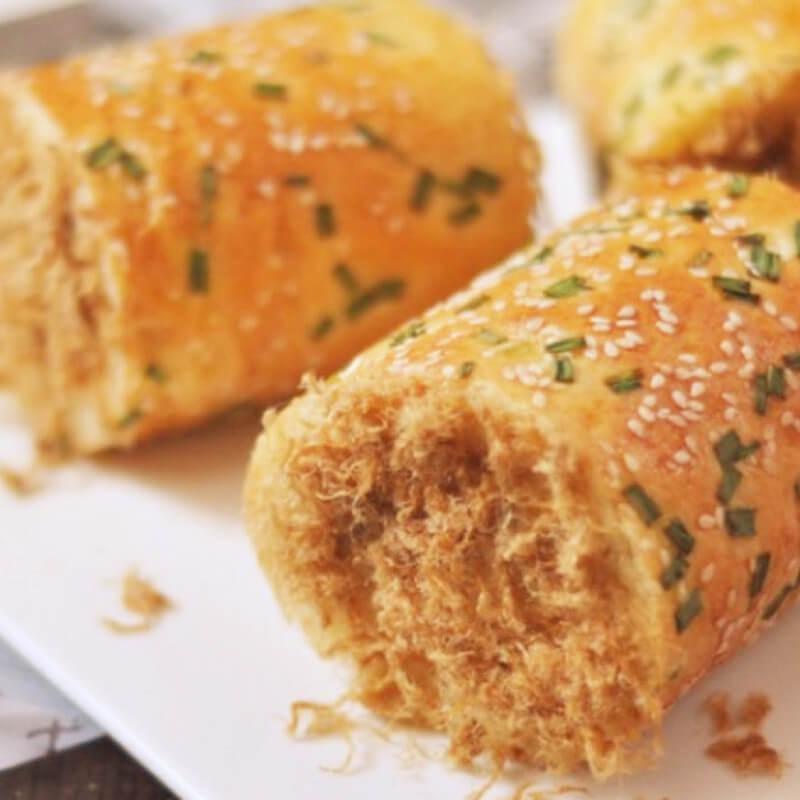 火龙果面包卷
