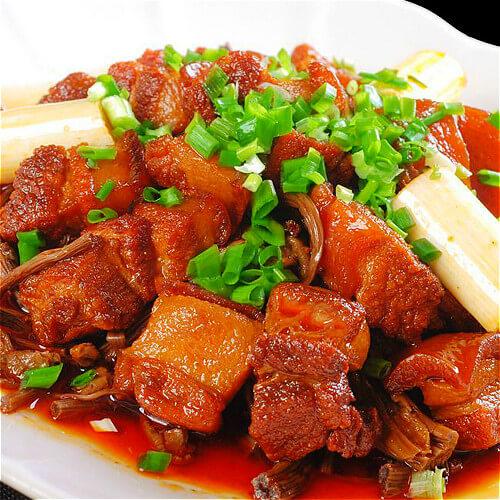 家常茶树菇烧肉