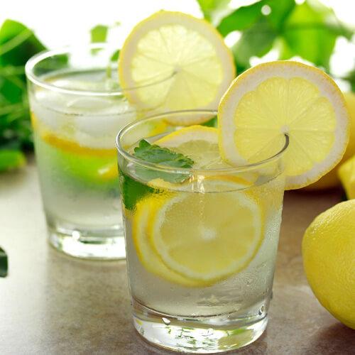 百香果柠檬蜂蜜水