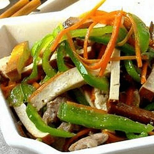 辣椒肉炒香干