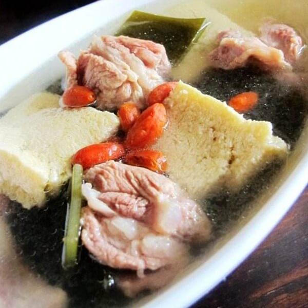 营养的海带豆腐排骨汤