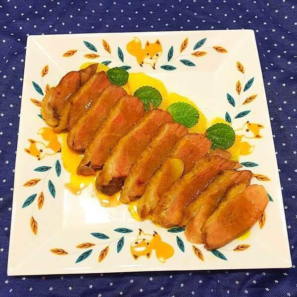 美味的法式橙味脆皮鸭胸