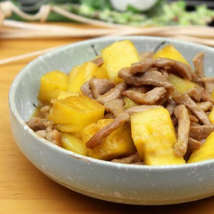 菠萝炒肉丝